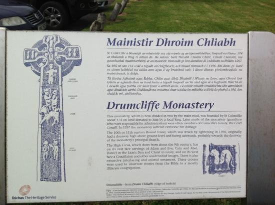 Drumcliff, Irland: The High Cross symbols. July 2013