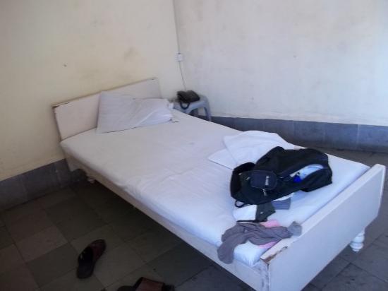 Hotel Anukool: non ac single room