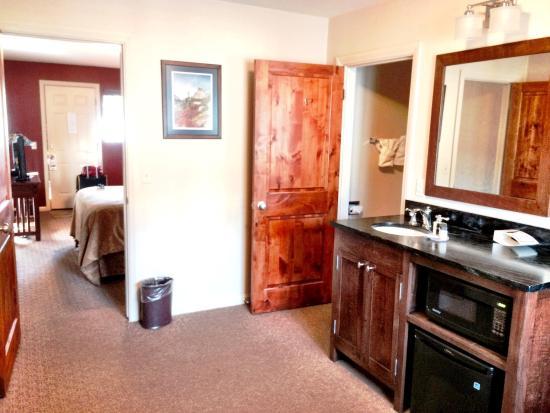 The Maxwell Inn: photo2.jpg