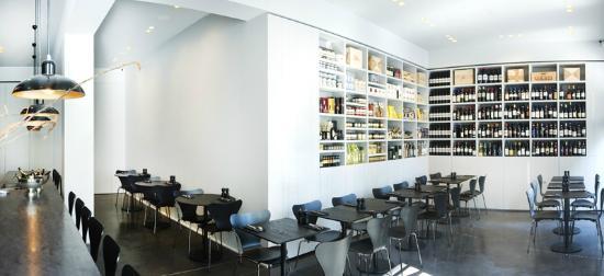 Photo of Italian Restaurant Civilta del Bere at De Burburestraat 43, Antwerp 2000, Belgium
