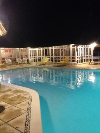 Le Surcouf Hotel & Spa: piscine