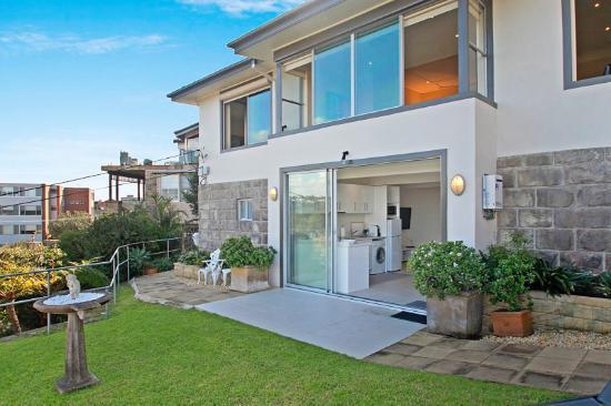 Fairlight, Australia: Ground floor one bed apartment