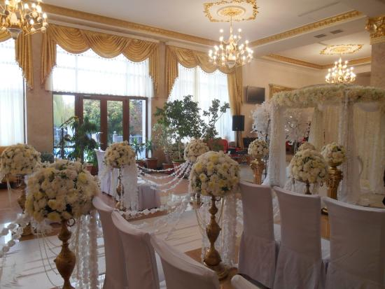 Armenian Royal Palace Hotel