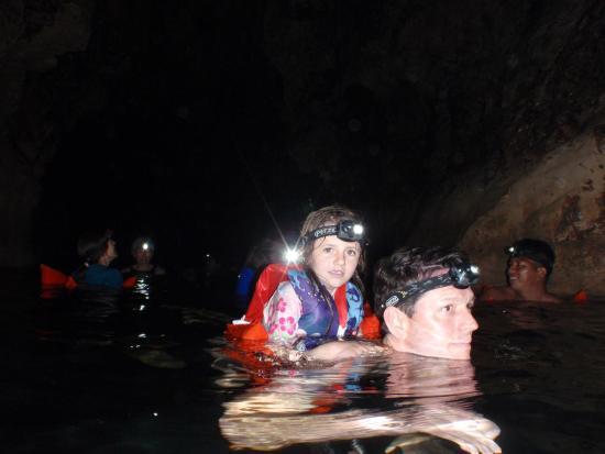 The Lodge At Big Falls : Blue Creek Cave Swimming