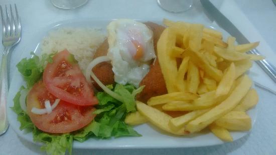 Acucar & Canela Pastelaria, Padaria and Restaurant