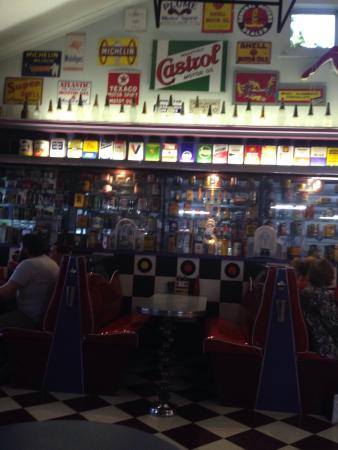 Deloraine, Australia: The diner's interior decoration