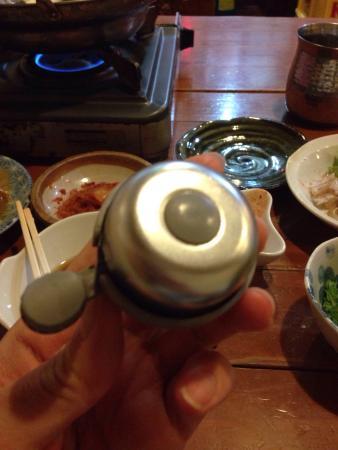 Tonsaiya Fukushimaten: とにかく!!! 面白い!!! 美味しい!  肉と軟骨のとろとろ煮込んだのがやみつき!! ビールに合い過ぎる!  1人で来店。  量も相談できる素晴らしさ(*^o^  豚にこだわるものの、豆腐に