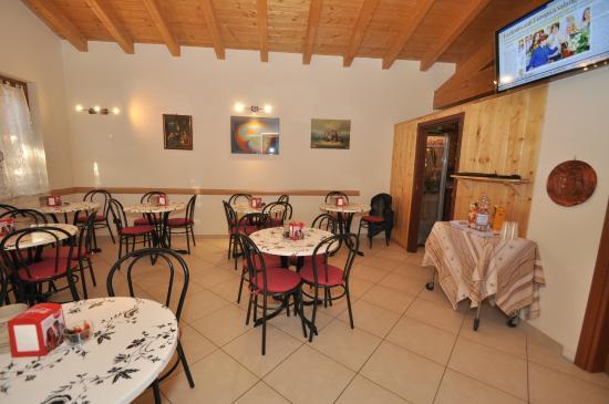 Villa Camporosso: sala colazione