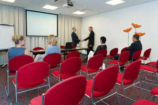 Ibis Sint Niklaas Centrum: Meeting Room