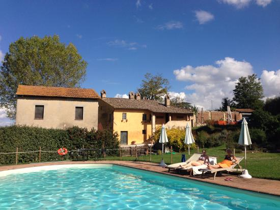 San Martino in Colle, อิตาลี: И бассейн и домик и мы