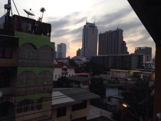 The Aiyapura Bangkok : Aiya Residence Sport Club BTS Budget Hotel