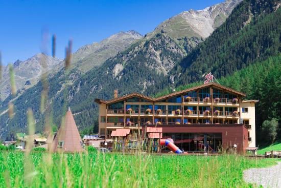 Hotel Sunny: Außenansicht
