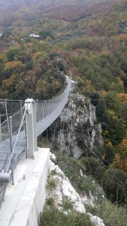 Laviano, Ιταλία: Ponte Tibetano