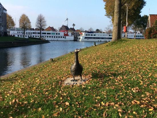 Medemblik, Países Bajos: Gijs de gans aan de haven