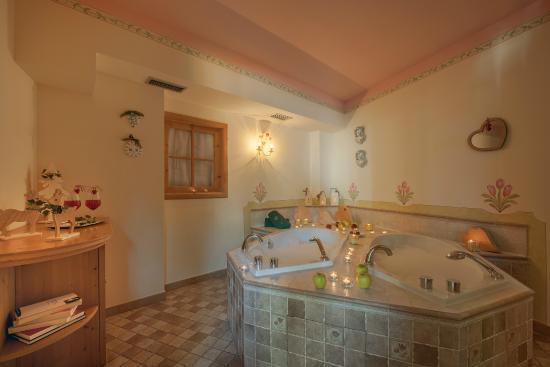 Bagno Romantico Foto : Bagno romantico picture of brunet the dolomites resort