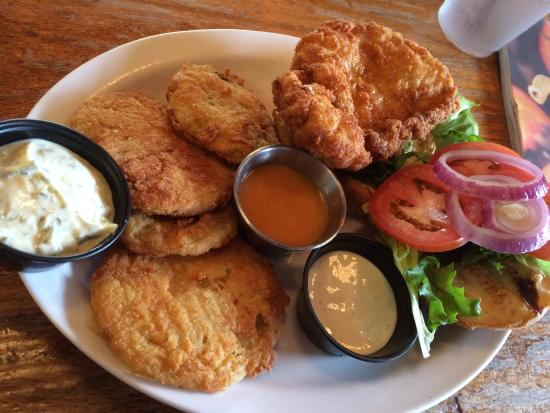 Chicken sandwich plate picture of winter park fish for Winter park fish company