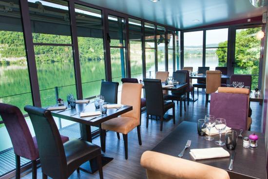 V randa 1 photo de restaurant belle rive nantua for Bell rive