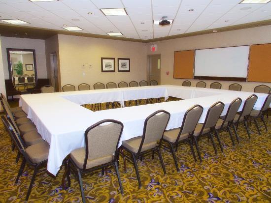 The Kanata by BCMInns: Kanata Fort Saskatchewan Conference Room