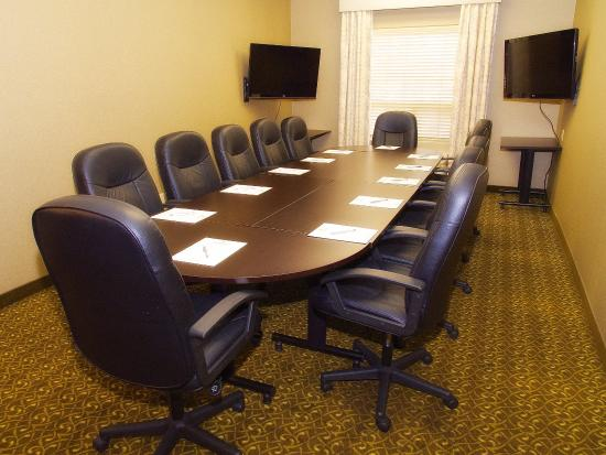 The Kanata by BCMInns: Kanata Fort Saskatchewan Meeting Room