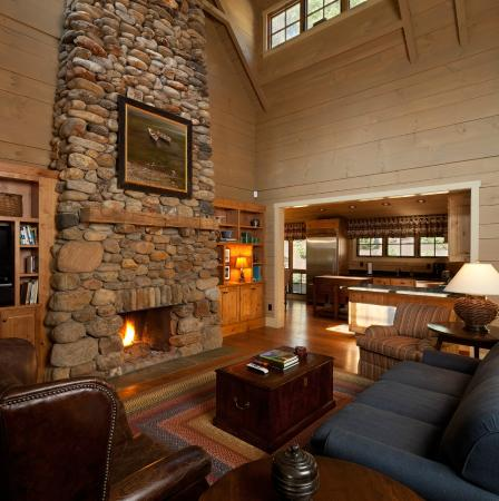 Lakeside Cabin Living Room - Picture of Camp Lake James ...