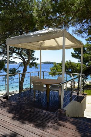 maestral balkan grill hvar restaurantanmeldelser tripadvisor. Black Bedroom Furniture Sets. Home Design Ideas