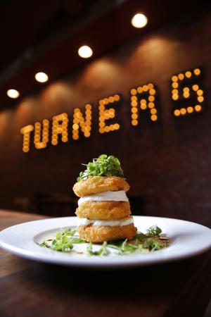 Turners Kitchen + Bar