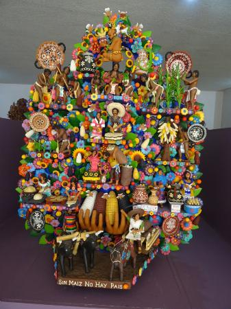 Metepec, Μεξικό: one more arbol de vida and many to go
