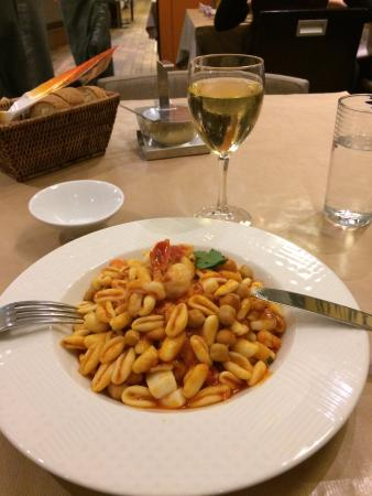 RESTAURANT PIZZERIA BELLA NAPOLI: seafood pasta