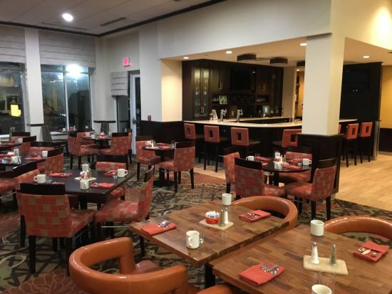Hilton Garden Inn Buffalo Airport: Dining Area