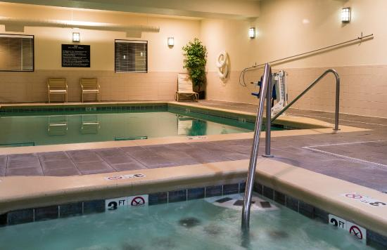 Hampton Inn Pendleton: Indoor Whirlpool