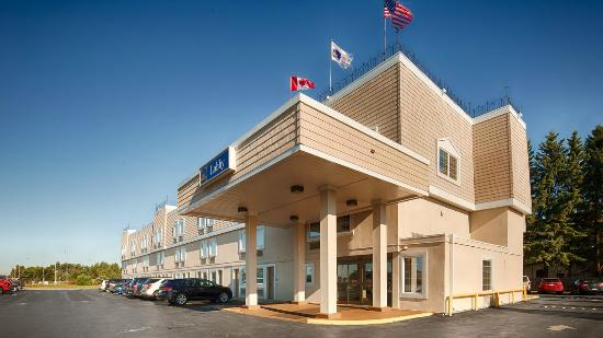 BEST WESTERN Thunder Bay Crossroads