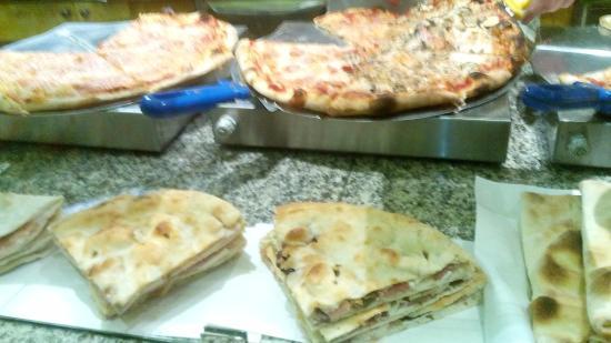 Pizzeria Emanuel Pizza Di Santosuosso A.