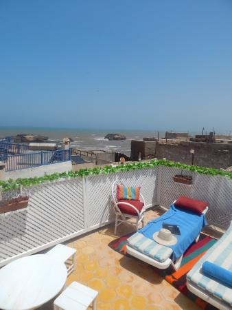 Riad Lunetoile : Terrasse vue mer