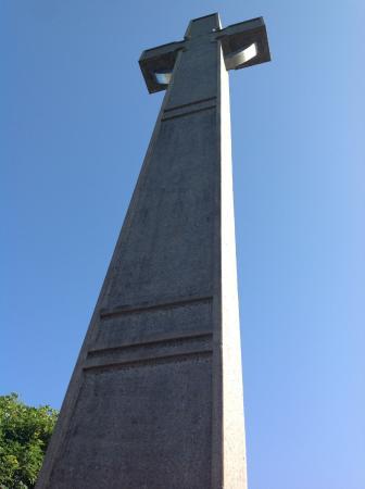 Knock, Ирландия: Cross. July 2013