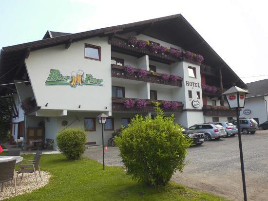 Landhotel Bier Peter: Hotel vorne