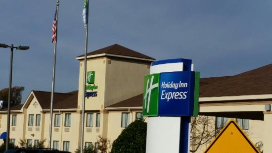 Holiday Inn Express Shelby: 20151116_091042_large.jpg