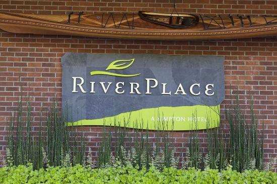 Kimpton RiverPlace Hotel: Exterior Sign