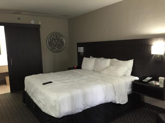 irving crew stores near hotel room escorts