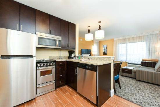 towneplace suites detroit commerce kitchen two bedroom suite - Commerce Kitchen