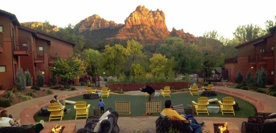 View From The Courtyard Picture Of Amara Resort Spa Sedona