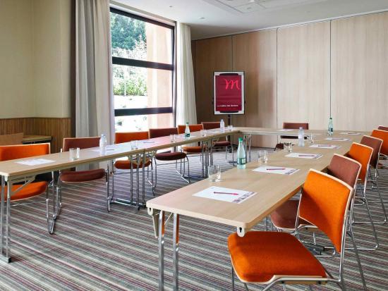 Mercure Valenciennes Centre Hotel: Meeting Room