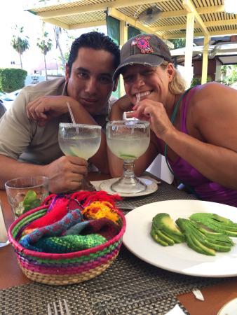 Tropicana Inn: Sharing