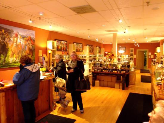 Saratoga Olive Oil Company: Inside Saratoga Olive Oil Co
