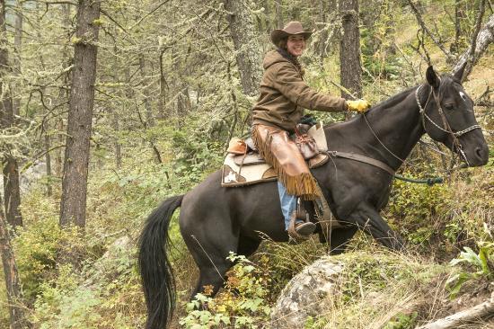 McLeod, MT: horseback in canyon