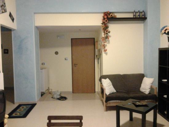 ingresso e soggiorno - Picture of Bed and Breakfast Ninni e ...