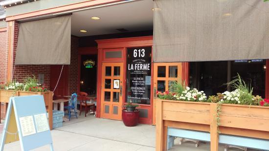 Alexandria, MN: Front door of La Ferme