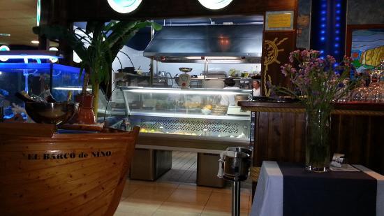 inside view of Restaurant El Barco be Nino Tenerife- Open plan Kitchen