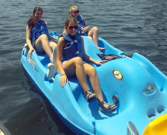 H2O Adventures: Pedal Boats