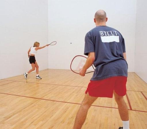 Oak Hill, Virginia Occidental: Raquet ball court
