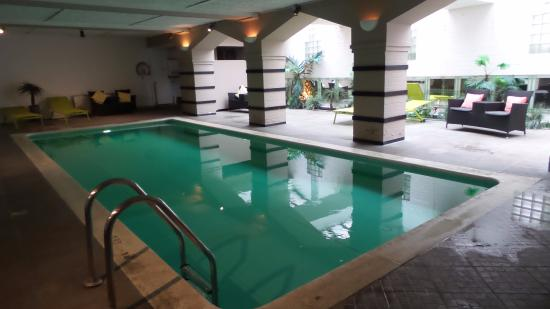 Pileta cubierta photo de floris karos hotel bruges tripadvisor for Bruges hotels with swimming pools